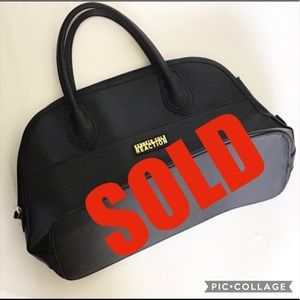 🔴SOLD🔴KENNETH COLE REACTION BLACK PURSE (P-30)